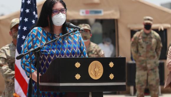 La ministra de Defensa, Nuria Esparch, indicó que la investigación involucra a 49 oficiales y un grupo de suboficiales. (Foto: Andina)