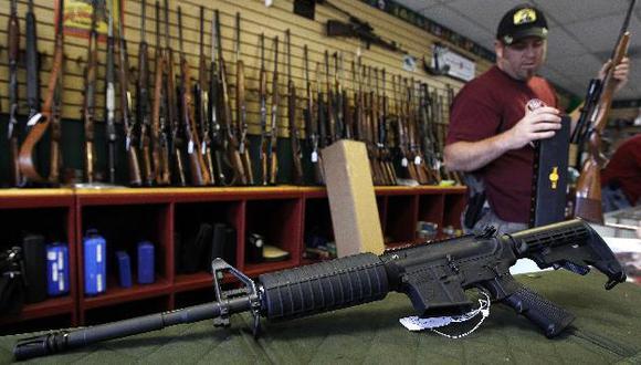 Vendedores de armas en Colorado incrementaron pedidos de armas. (Reuters)