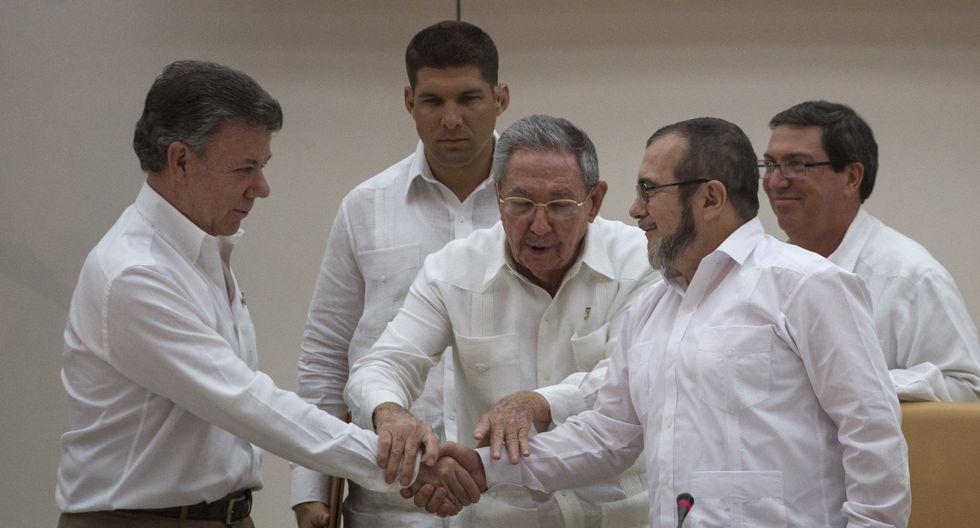 El acuerdo de paz entre el gobierno de Juan Manuel Santos y las FARC se firmó en La Habana en noviembre de 2016 (AP).