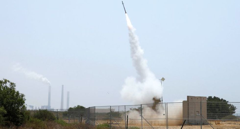 Desde el sábado por la noche, las facciones palestinas han disparado más de 200 cohetes desde Gaza, que han provocado tres heridos israelíes. (Foto: Reuters)