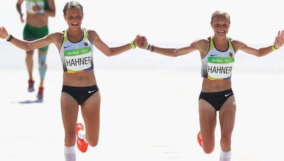 Río 2016: Gemelas alemanas que cruzaron la meta tomadas de la mano son blanco de crítica en su país. (Getty Images)