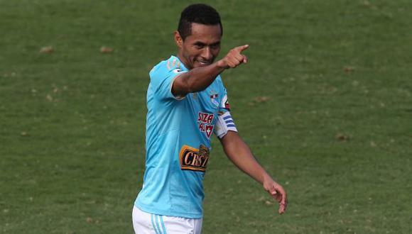 Carlos Lobatón advirtió que a Sporting Cristal le falta jugar dos finales. (Perú21)