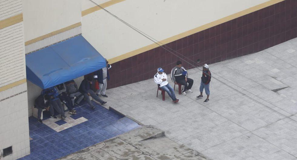 Reos permanecen en diversos espacios del penal de Lurigancho. (Fotos: César Campos)