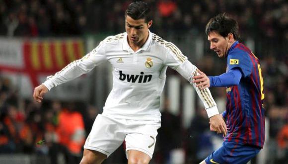 Cristiano Ronaldo y Lionel Messi esperan suceder a Andrés Iniesta. (AP)