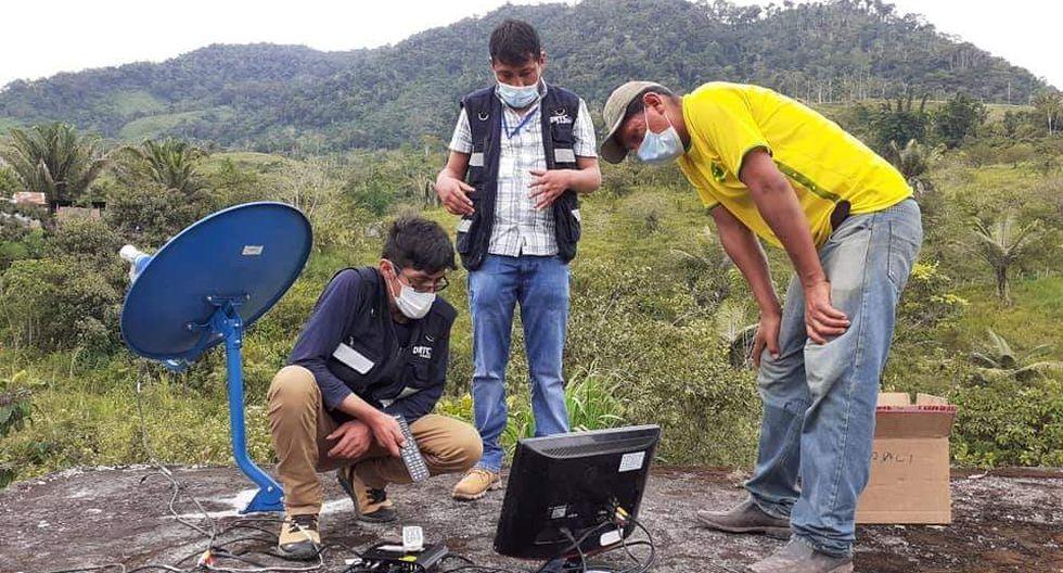 Pasco: Instalan televisión nacional en centro poblado San Juan de Cacazú después de 12 años. (Foto: Gobierno Regional de Pasco)