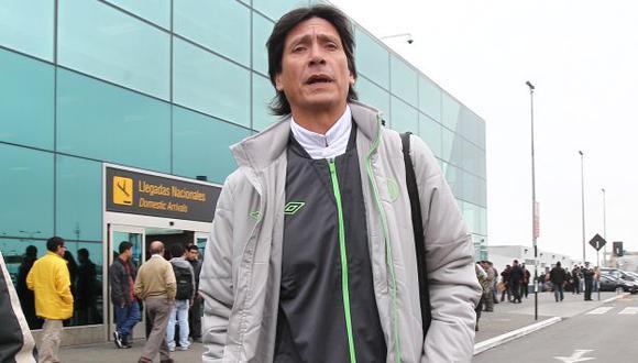 ASÍ NO ES. Comizzo se excedió en el aeropuerto Jorge Chávez. (USI)