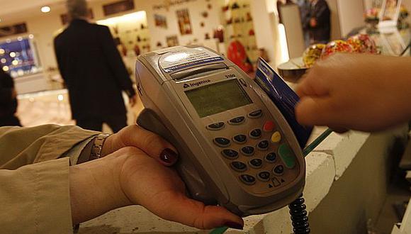 Entre el 50% y 60% de los peruanos de los niveles A y B tiene tarjeta de crédito. (USI)