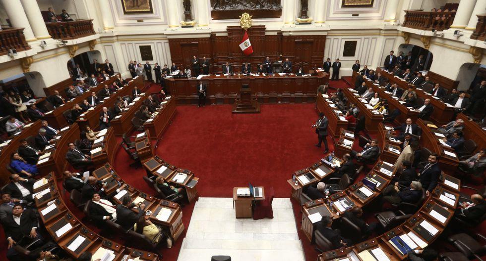 Pleno del Congreso (Renzo Salazar)