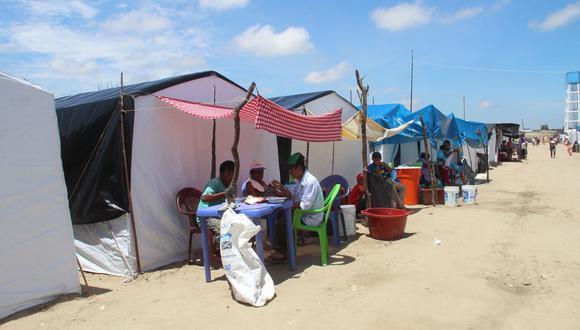 Damnificados del desborde del río Piura viven en precarias condiciones en los campamentos de la vía Piura-Chiclayo.