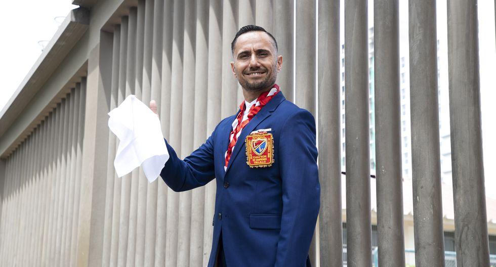Conversamos con el pentacampeón de marinera Hugo Romero. (Perú21/ Eduardo Cavero)