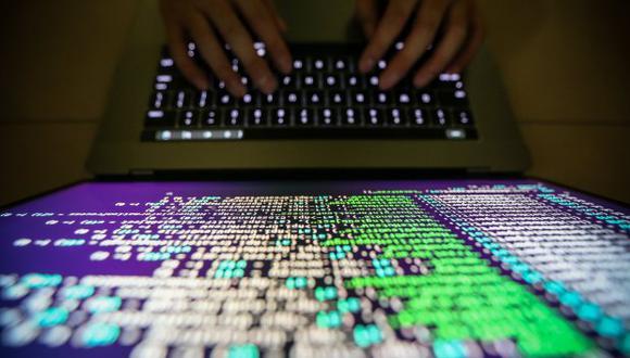 Rusia' es considerada por los occidentales como la mayor amenaza cibernética tras una serie de ataques atribuidos a Moscú. (Foto: EFE)