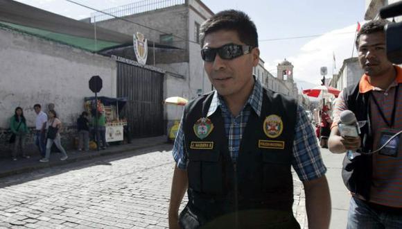 DIJO SU VERDAD. Suboficial PNP Maquera conversó ayer con fiscal. (Heiner Aparicio)