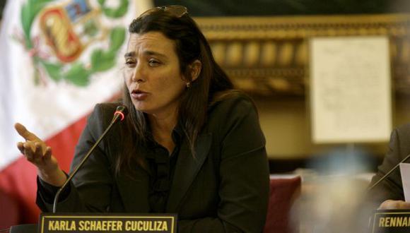 Schaefer demanda sanciones. (Perú21)