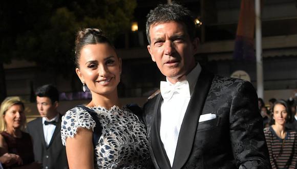"""Penélope Cruz y Antonio Banderas reanudan el rodaje de """"Competencia oficial"""". (Foto: AFP)"""