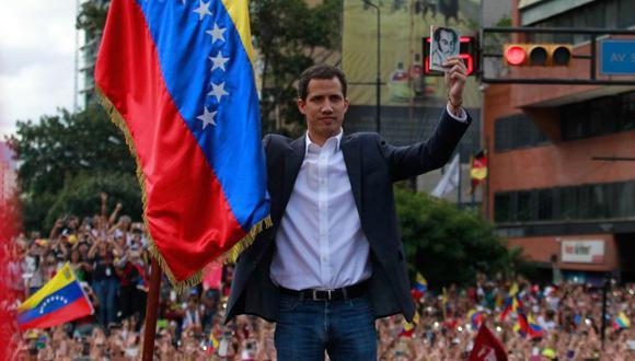 El presidente del Parlamento venezolano, Juan Guaidó, anunció en enero en Caracas que asumía las competencias del Ejecutivo. (Foto: EFE)