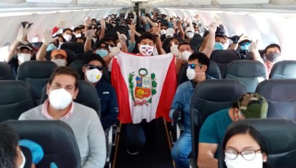 Miles de peruanos han pasado toda una odisea para poder volver al Perú en medio de la pandemia del coronavirus. (Foto: Rafael Ordaya)