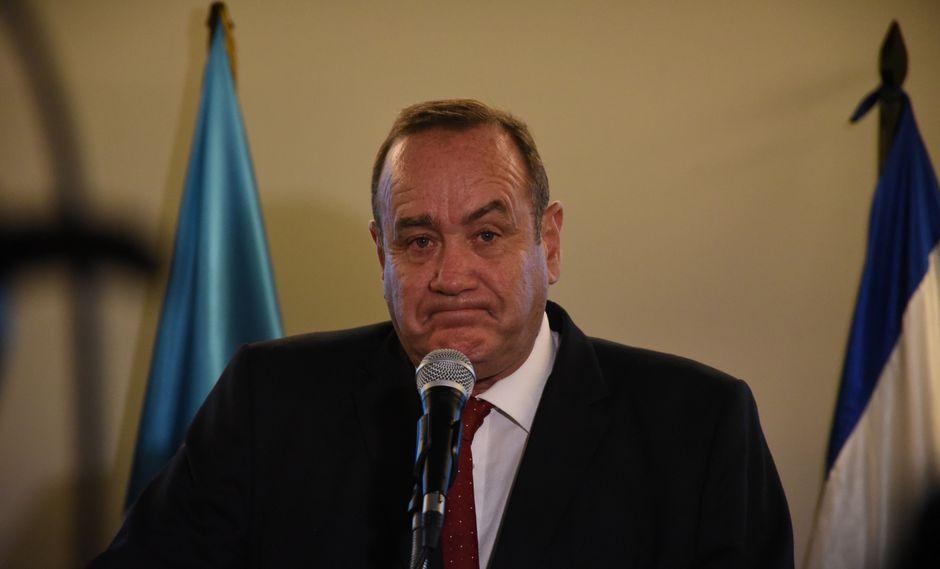 El médico cirujano, aunque no ejerce desde hace muchos años y que busca la Presidencia de Guatemala por cuarta vez en su carrera. (Foto: AFP)