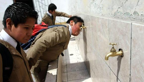 Un riesgo. Salud recomienda hervir el agua antes de consumirla. (Heiner Aparicio)