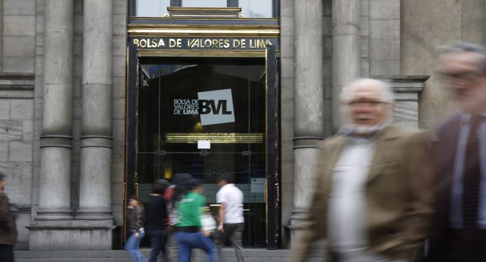 Bolsa de Valores de Lima vuelve a abrir en rojo por pérdidas en sectores financiero y minero