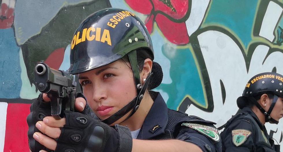 Hoy Se Conmemora El Dia De La Mujer Policia Peru Peru21 La mujer es tan frágil y delicada como guerrera e imponente, firme en sus convicciones para lograr un mundo en el que sean socialmente iguales el 8 de marzo de 1857 miles de obreras textiles tomaron las calles de la ciudad de nueva york para protestar por las condiciones míseras en las que. hoy se conmemora el dia de la mujer