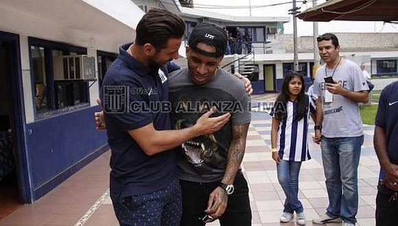 Pizarro, Farfán y Guerrero apoyarán a Alianza Lima. (Facebook/Alianza Lima)