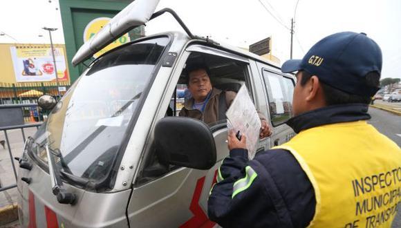 El 54% de los conductores infractores limeños sufre de ansiedad al trabajar. (Perú21)