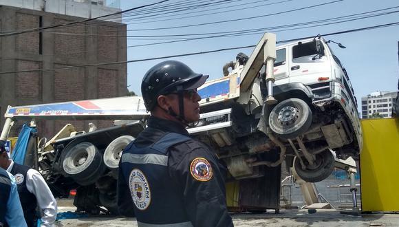 La emergencia ocurrió a las 10:51 a.m., según el portal del Cuerpo General de Bomberos Voluntarios del Perú (Cgbvp) (Foto: @Ndemendi)