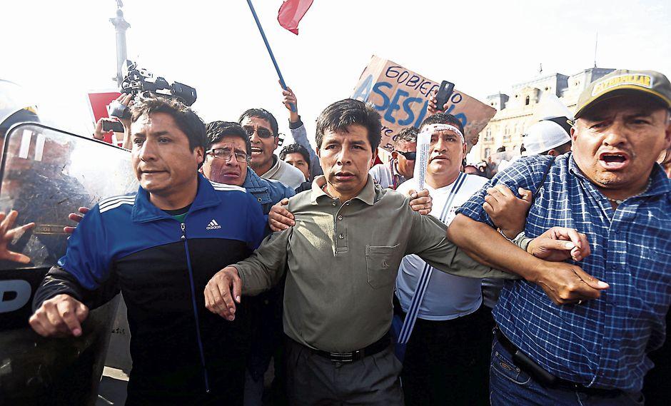 INSISTE. Castillo confirmó anoche que sus seguidores ya llegaron a Lima. ¿Alista nuevos desmayos? (USI)