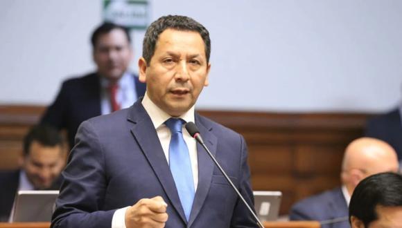 El excongresista Clemente Flores es investigado por sus presuntos vínculos con Los Temerarios del Crimen. (Foto: Congreso)