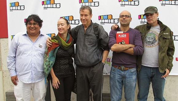 'Chiqui' Vilca, director de Lima Comics, junto a invitados internacionales. (Internet)