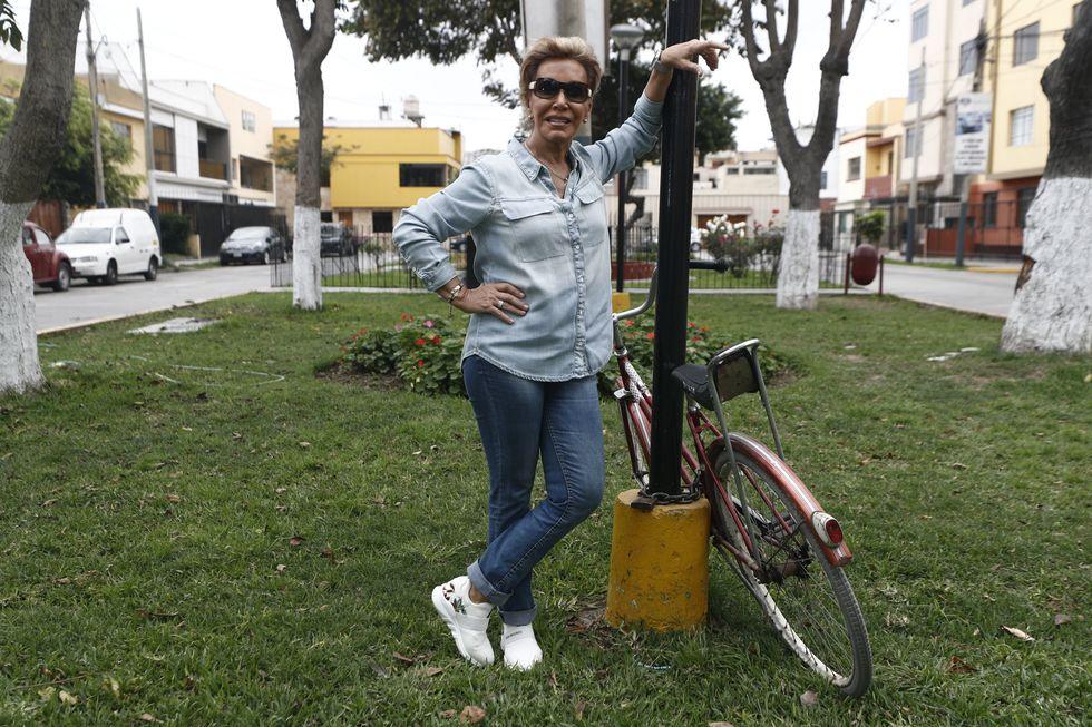 """""""Me siento engreída por el Perú, no sé si lo suficiente, pero con lo que he recibido y recibo estoy más que satisfecha"""", dice Cecilia Bracamonte (César Campos/Perú21)."""