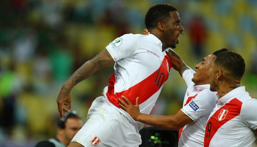 Jefferson Farfán marcó y asistió en la victoria de la selección peruana. (Foto: Daniel Apuy - GEC)