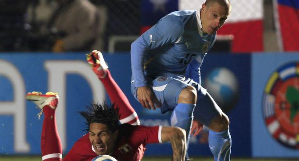 El volante uruguayo mostró su respeto a Perú. (Reuters)