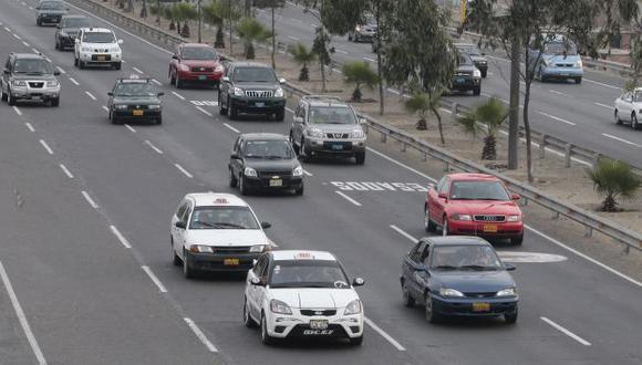 Unos 106,074 vehículos se desplazaron por la Panamericana Sur. (Andina)