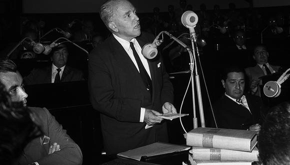 LIMA, 6 DE FEBRERO DE 1960  INTERPELACION AL CANCILLER RAUL PORRAS BARRENECHEA.  FOTO:  GEC ARCHIVO HISTÓRICO