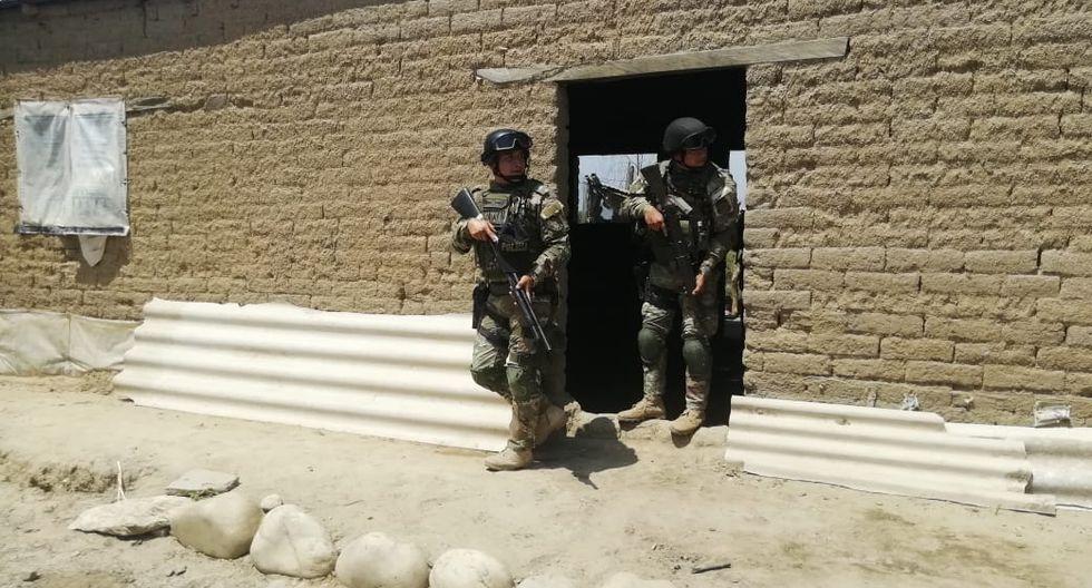 Agentes desalojan a familias invasoras en Ferreñafe