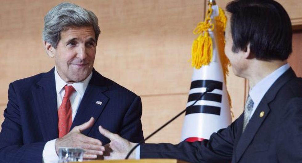 Kerry junto al canciller surcoreano Yun Byung-se. (AFP)