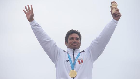 Piccolo Clemente: Medalla de oro en Surf Longboard. (Foto: Jesús Saucedo)