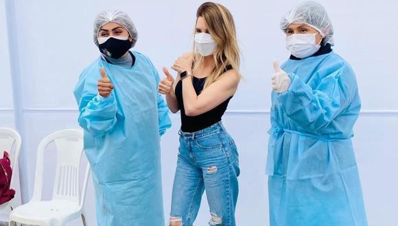 Juliana Oxenford sorprendió a sus fans al revelar que se vacunó contra el COVID-19. (Foto: @julianaoxenford.oficial)