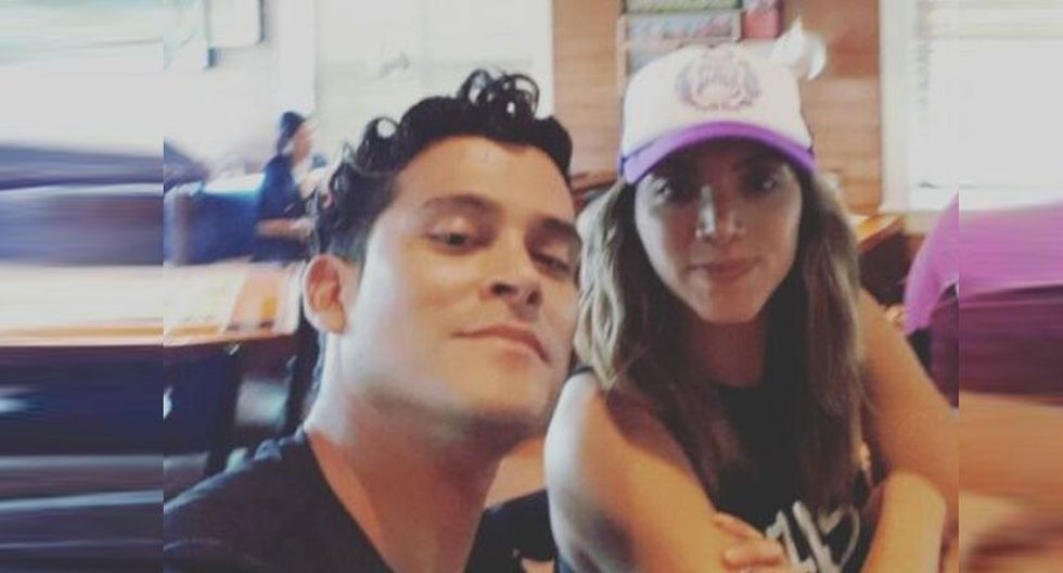 Christian Domínguez e Isabel Acevedo se lucen muy enamorados y cariñosos en redes sociales. (Instagram/@christiandominguezof)