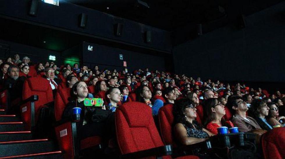 Salas de cine no podrán prohibir llevar alimentos