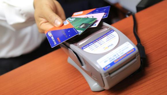 La autógrafa del Congreso plantea topes semestrales para las tasas de interés de créditos bancarios. (Foto: GEC)
