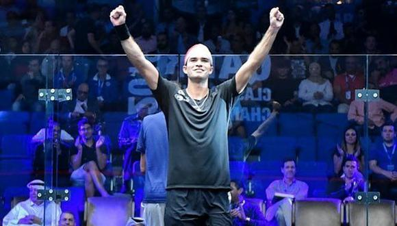 El triunfo de Elías vino luego de que venciera por 3-2 al egipcio (Federación Peruana de Squash Racket/Facebook)