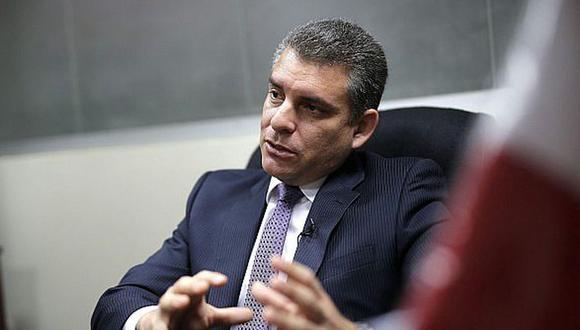"""El fiscal Rafael Vela señala que mientras el equipo Lava Jato sí trabaja en cumplimiento de la ley, """"no es el caso de Tomás Gálvez"""" (GEC)."""