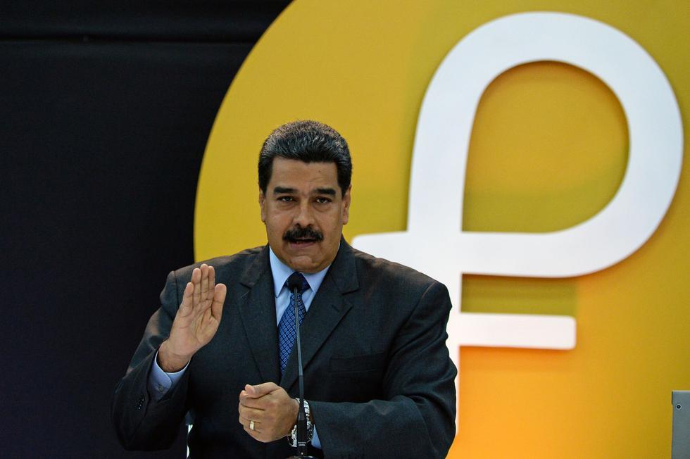 Nicolás Maduro anunció el lanzamiento del petro en el 2018. (Foto: AFP)