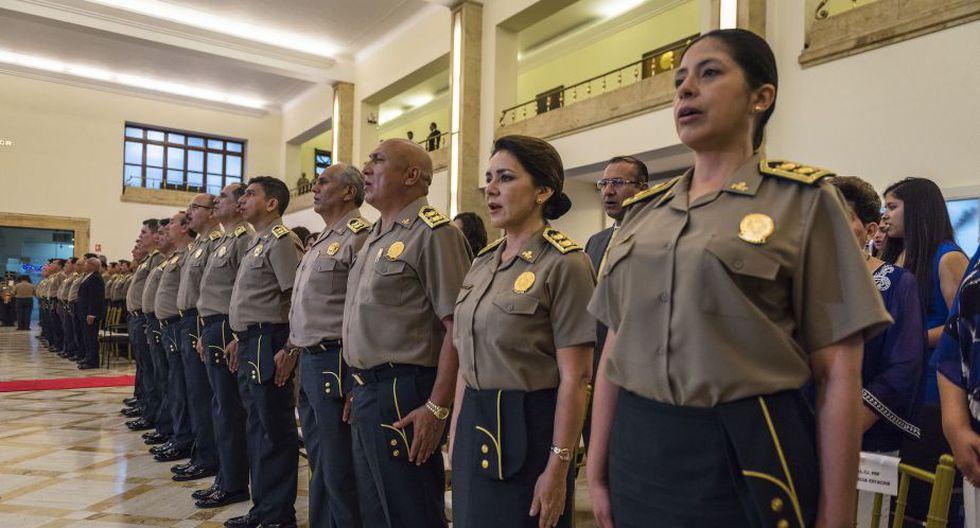Ángela García Estación y María Hinostroza Pereyra hacen historia dentro de la Policía Nacional. (Mininter)