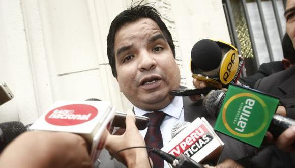 Legisladores piden la cabeza de Julio Arbizu. (César Fajardo)