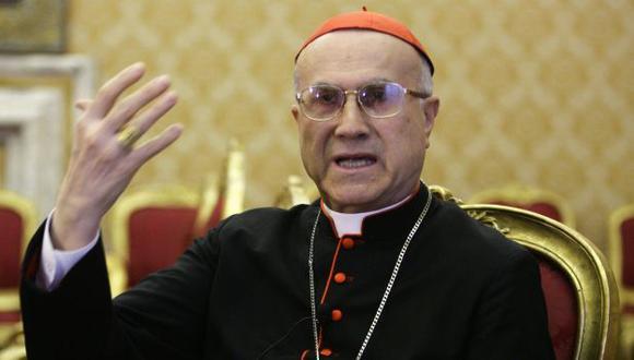 Tarcisio Bertone asegura que Papa Francisco sabía de su ático de lujo. (AP)