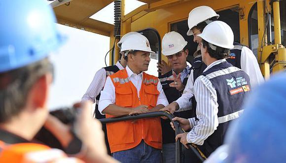 Humala inspeccionó obras del tramo 2 del tren eléctrico. (Andina)