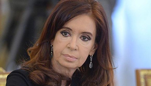 Cristina Fernández, quien puede optar nuevamente a la presidencia en las elecciones del año próximo, tiene actualmente siete causas judiciales abiertas. (Foto: EFE)